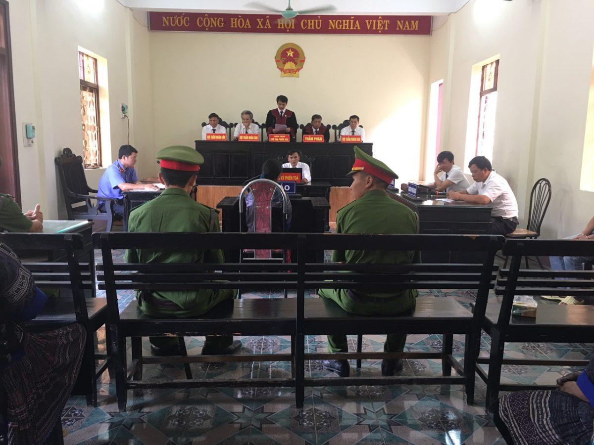 VKSND tỉnh phối hợp với Tòa án nhân dân cùng cấp tổ chức phiên tòa xét xử lưu động các vụ án hình sự
