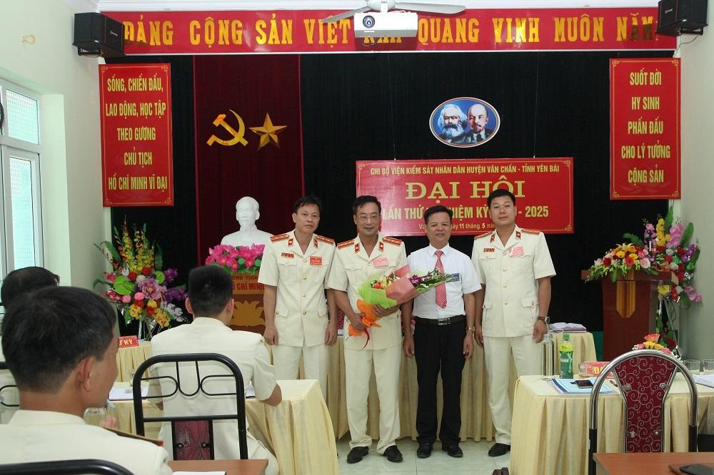 VKSND huyện Văn Chấn tổ chức thành công Đại hội Chi bộ lần thứ 4  nhiệm kỳ 2020-2025