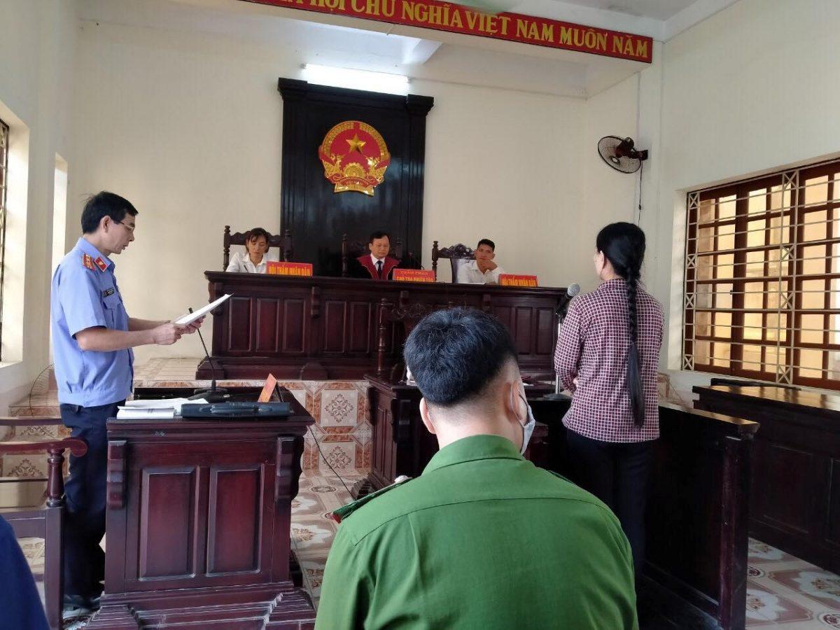 VKS Văn Yên phối hợp với Tòa án nhân dân cùng cấp tổ chức phiên toà rút kinh nghiệm