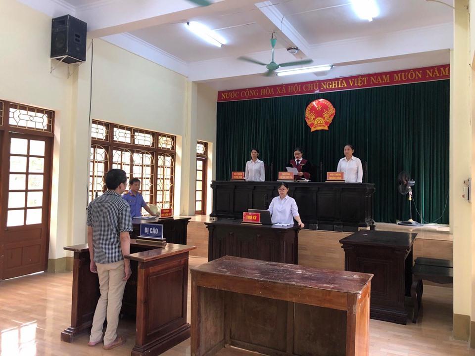 VKS Trấn Yên phối hợp với Tòa án nhân dân cùng cấp tổ chức phiên toà rút kinh nghiệm 02 vụ án hình sự