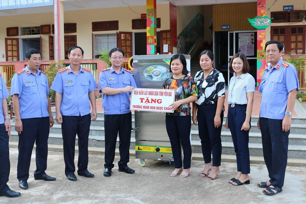 VKSND tỉnh Yên Bái hoàn thành vượt chỉ tiêu về giảm nghèo theo kế hoạch số 170-KH/TU của Tỉnh ủy Yên Bái