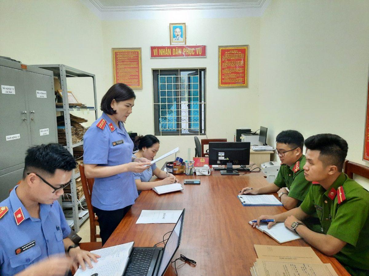 VKSND Trấn Yên kiểm sát trực tiếp việc Thi hành án hình sự tại UBND các xã, thị trấn trên địa bàn huyện