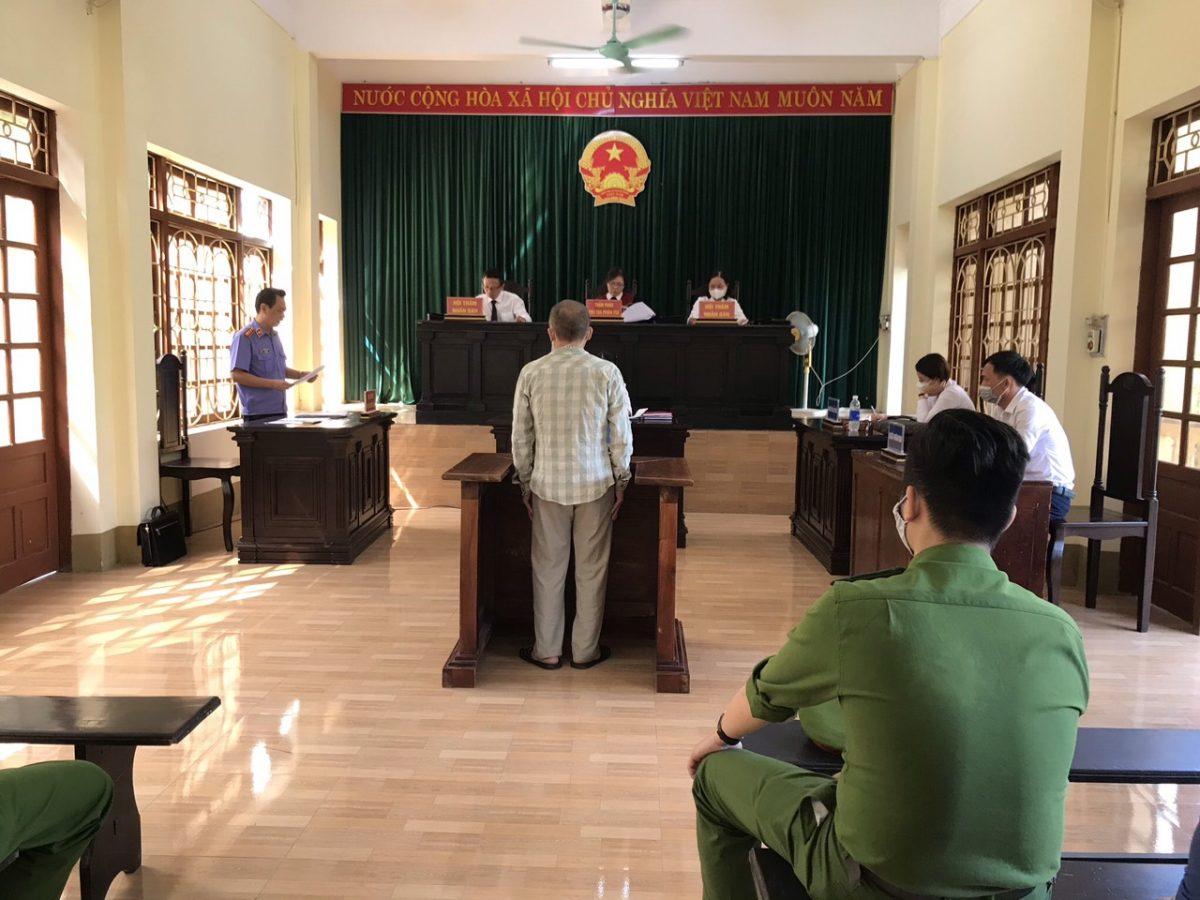 VKSND huyện Trấn Yên phối hợp với Tòa án nhân dân cùng cấp tổ chức các phiên tòa rút kinh nghiệm