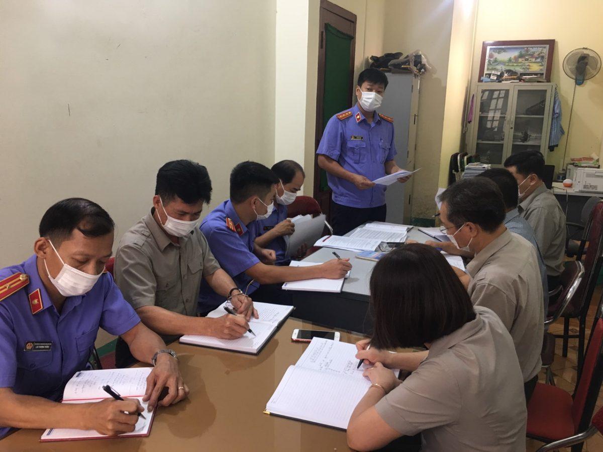 VKSND huyện Văn Chấn trực tiếp kiểm sát công tác thi hành án dân sự tại Chi cục Thi hành án dân sự huyện