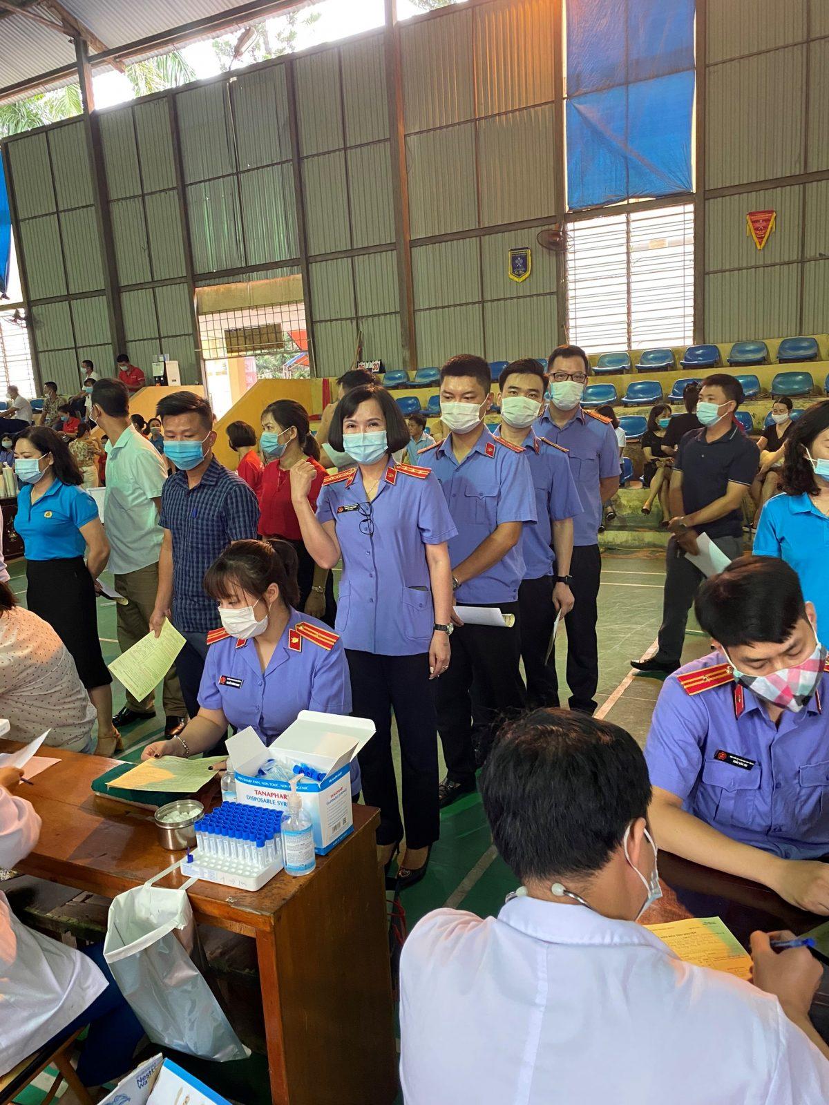 VKSND thành phố Yên Bái tham gia Chương trình Hiến máu tình nguyện