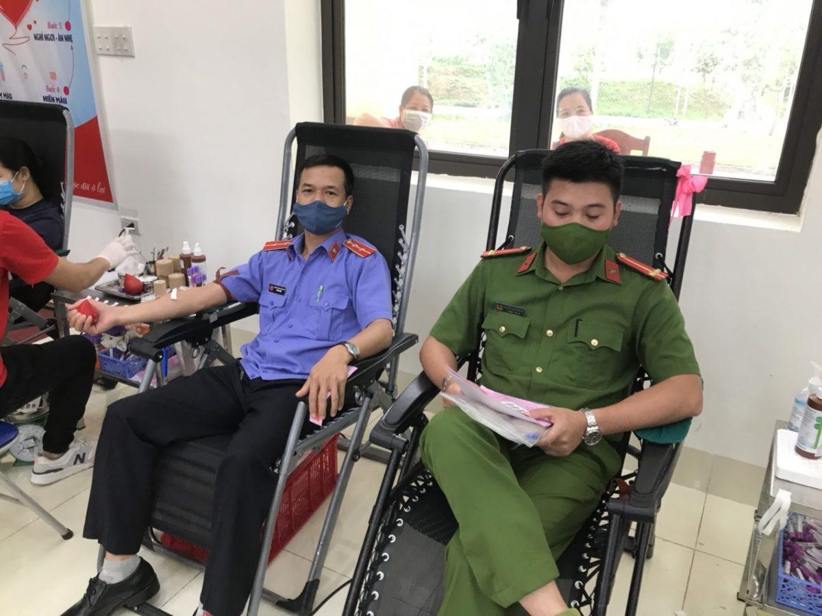 """Tham gia chương trình hành trình đỏ """"Kết nối dòng máu Việt"""" huyện Trấn Yên năm 2021"""