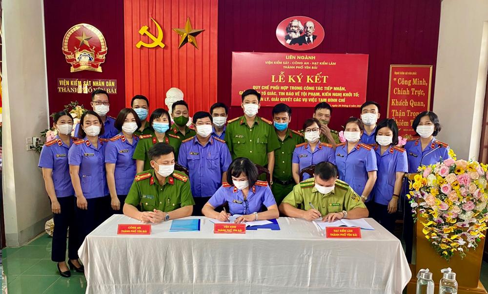 VKSND thành phố Yên Bái tổ chức ký Quy chế phối hợp liên ngành về tiếp nhận, giải quyết tố giác tin báo về tội phạm và kiến nghị khởi tố; Quản lý giải quyết các vụ án tạm đình chỉ.