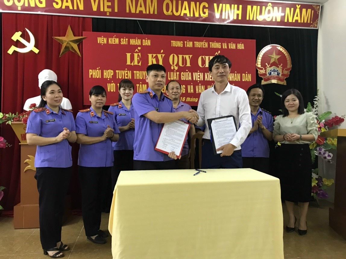 VKSND thị xã Nghĩa Lộ thực hiện tốt công tác tuyên truyền, phổ biến pháp luật đến nhân dân trên địa bàn