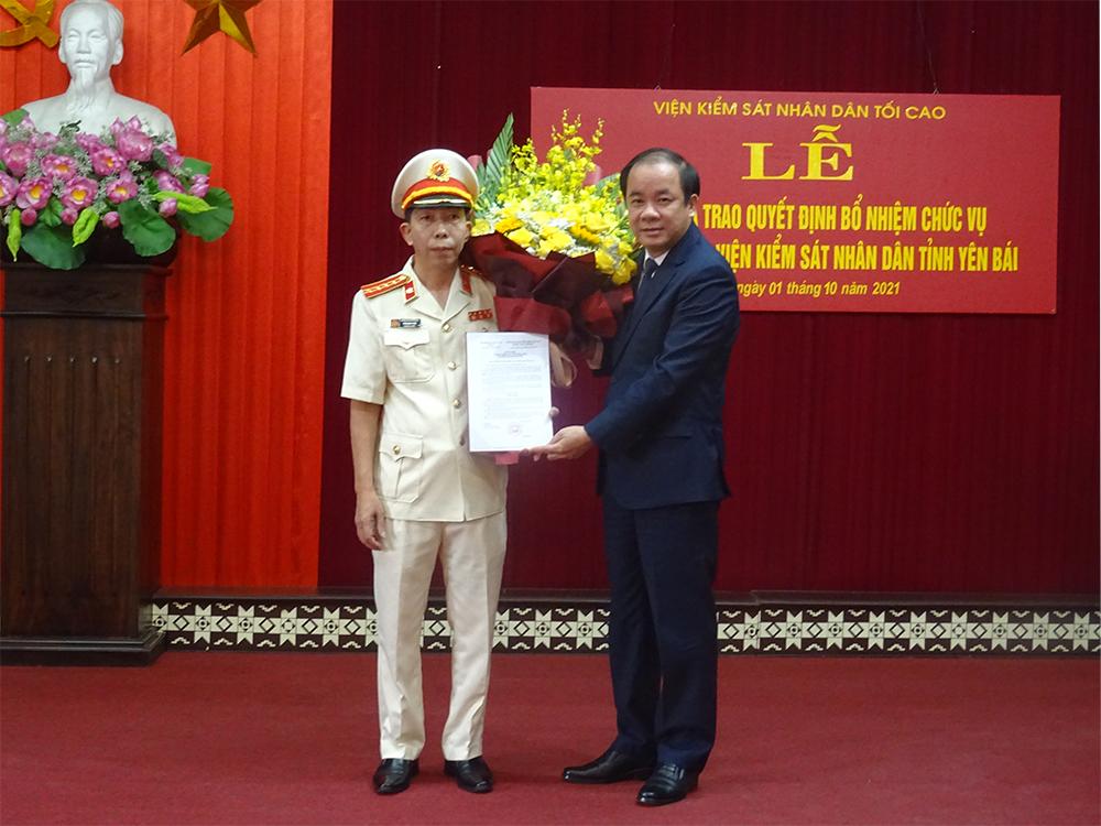 Lễ công bố quyết định bổ nhiệm chức vụ Phó Viện trưởng VKSND tỉnh Yên Bái
