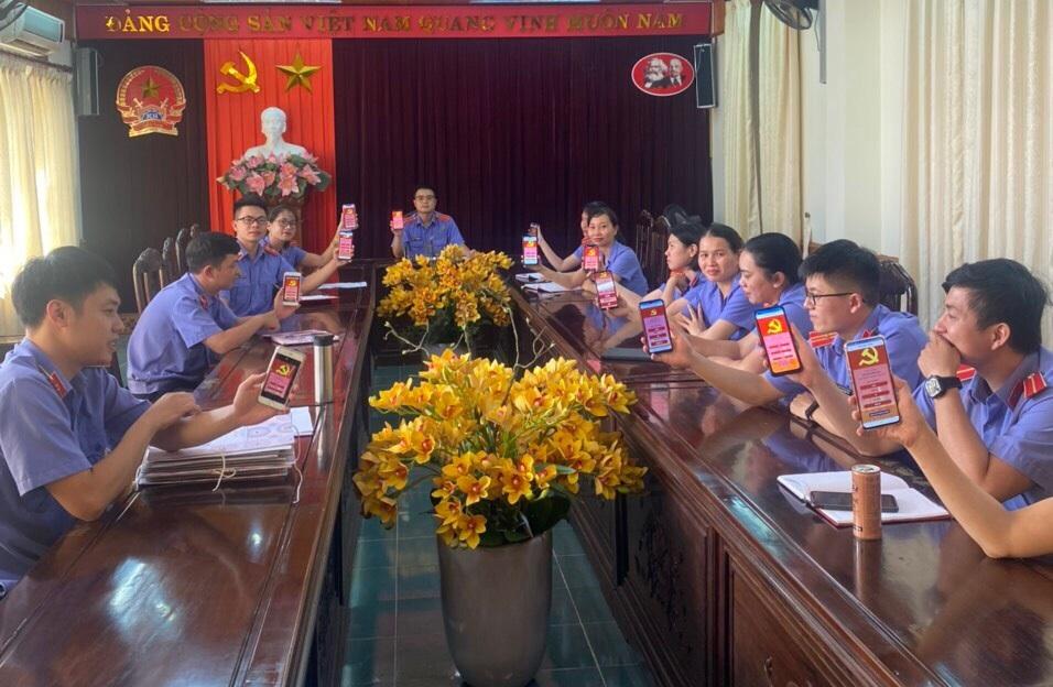 Chi đoàn TNCS Hồ Chí Minh Viện kiểm sát nhân dân tỉnh Yên Bái sơ kết công tác 9 tháng đầu năm, triển khai nhiệm vụ 3 tháng cuối năm 2021